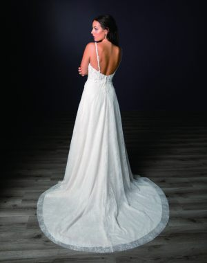 Spring-2020-_-Evelyn-Bridal-Collection-Email_Page_18_Image_0001