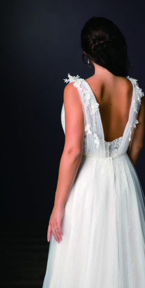 Spring-2020-_-Evelyn-Bridal-Collection-Email_Page_19_Image_0002