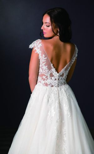 Spring-2020-_-Evelyn-Bridal-Collection-Email_Page_41_Image_0001