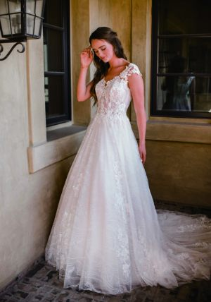 Spring-2020-_-Evelyn-Bridal-Collection-Email_Page_46_Image_0001