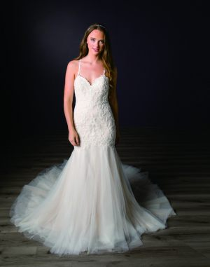 Spring-2020-_-Evelyn-Bridal-Collection-Email_Page_52_Image_0001