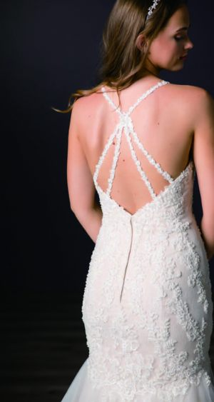 Spring-2020-_-Evelyn-Bridal-Collection-Email_Page_53_Image_0003