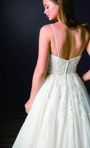 Spring-2020-_-Evelyn-Bridal-Collection-Email_Page_63_Image_0002
